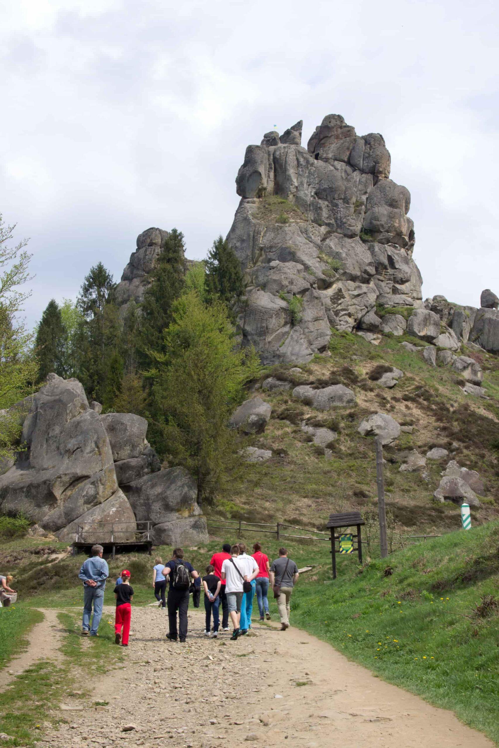 поход в горы с детьми от Таор