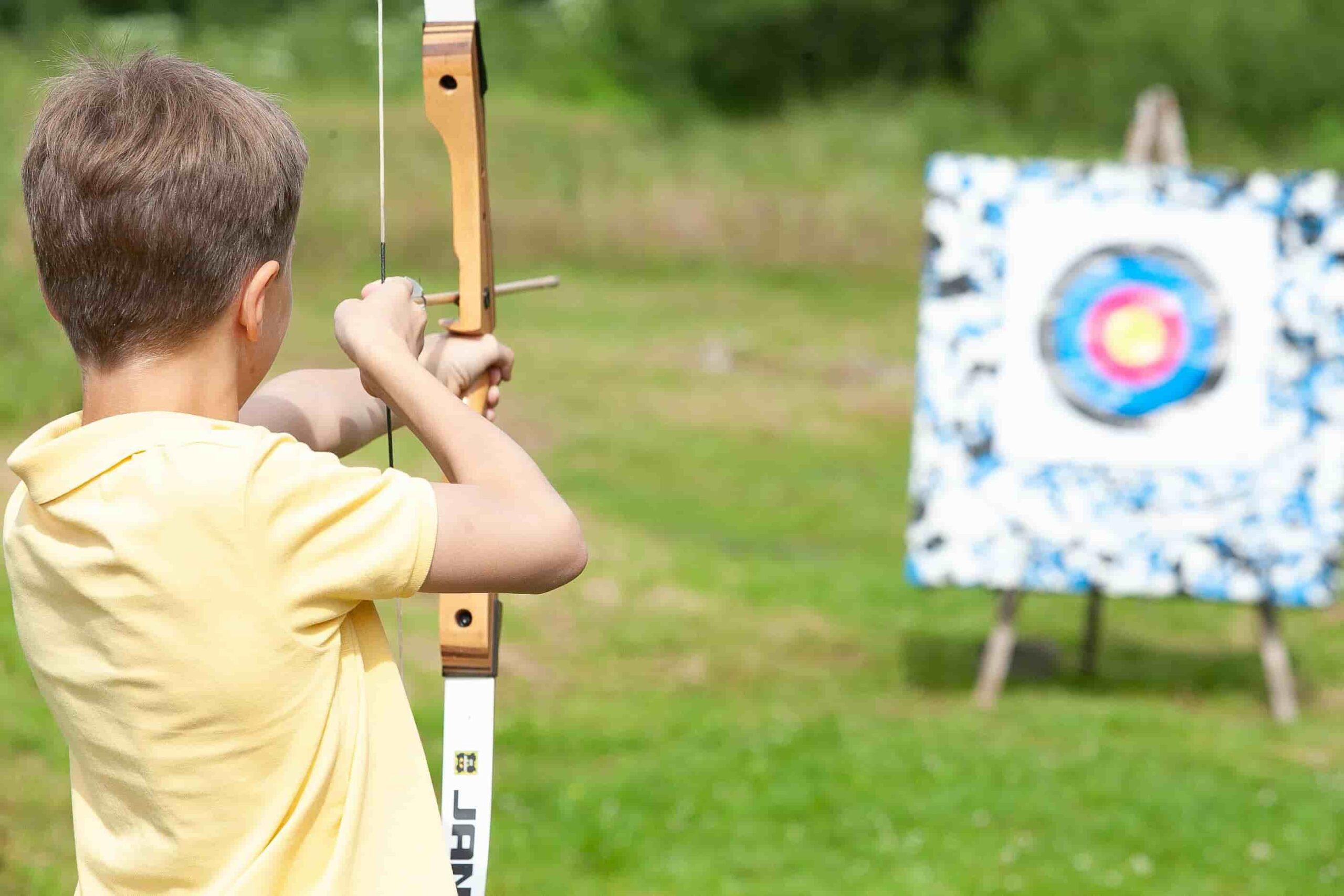 стрельба из лука для детей