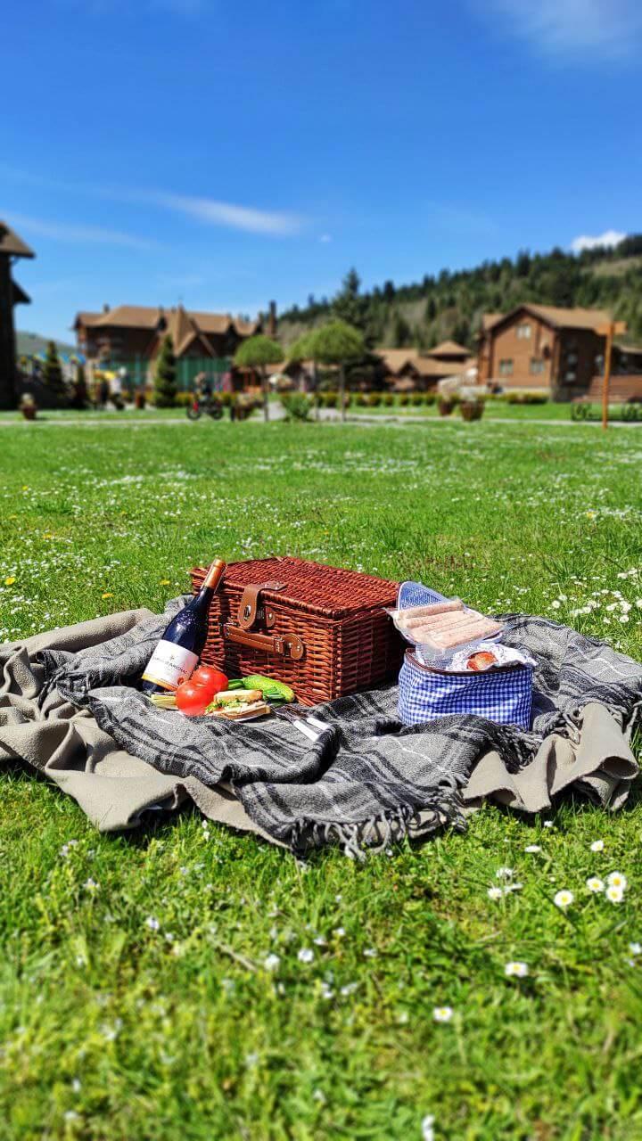 корзина для пикника в Taor