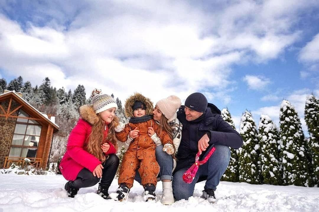 Сказочный зимний отдых в Карпатах с детьми